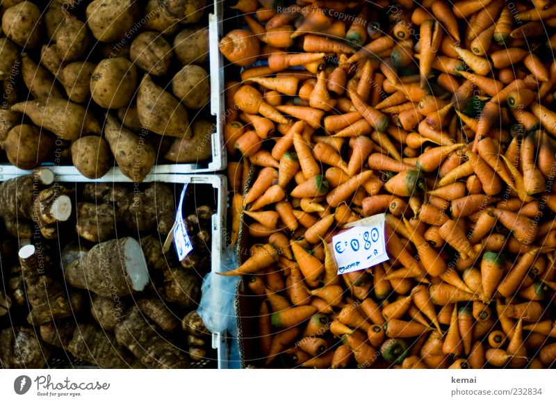 Brown Orange Lie Food Arrangement Nutrition Vegetable Organic produce Markets Crate Carrot Vegetarian diet Containers and vessels Offer Price tag Market stall