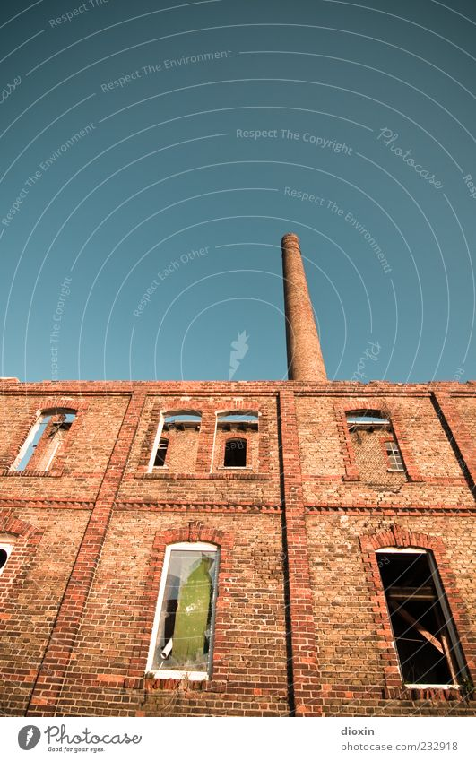 industrial Sky Cloudless sky Mannheim Deserted Industrial plant Factory Ruin Manmade structures Building Architecture Wall (barrier) Wall (building) Facade