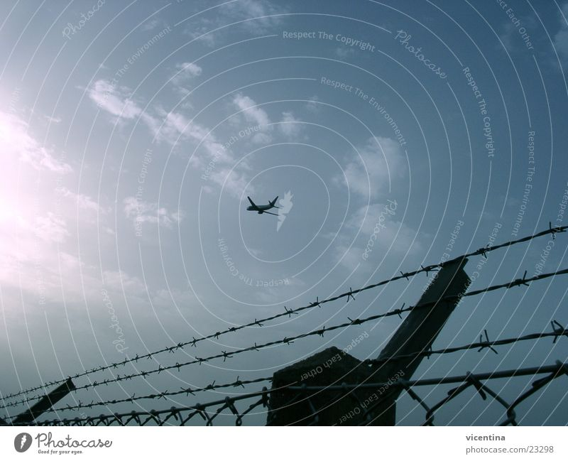 Sky Airplane Beginning Aviation Safety Fence Airport Jet Barbed wire Runway