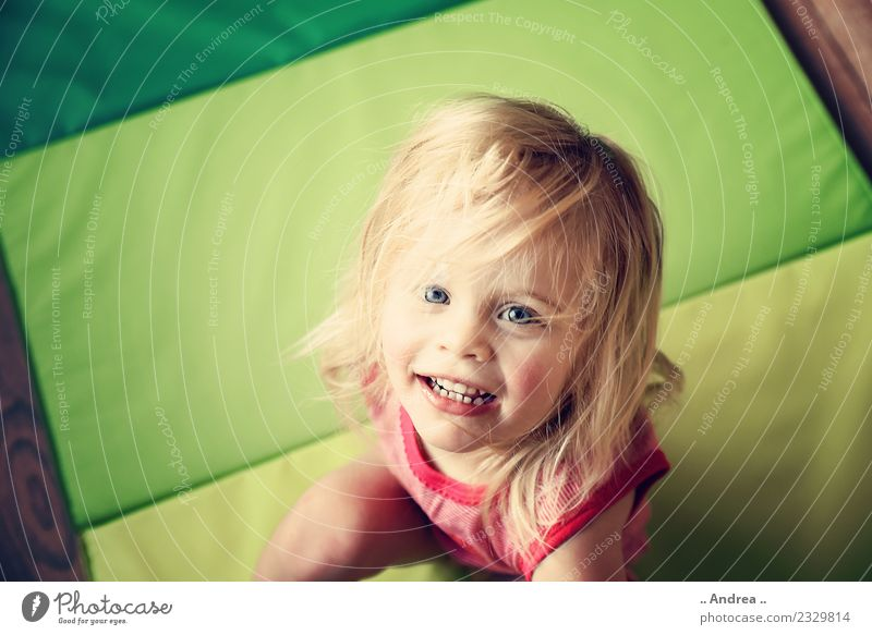 Child Human being Green Healthy Movement Laughter Happy Blonde Fresh Sit Joie de vivre (Vitality) Fitness Athletic Toddler Spring fever 1 - 3 years