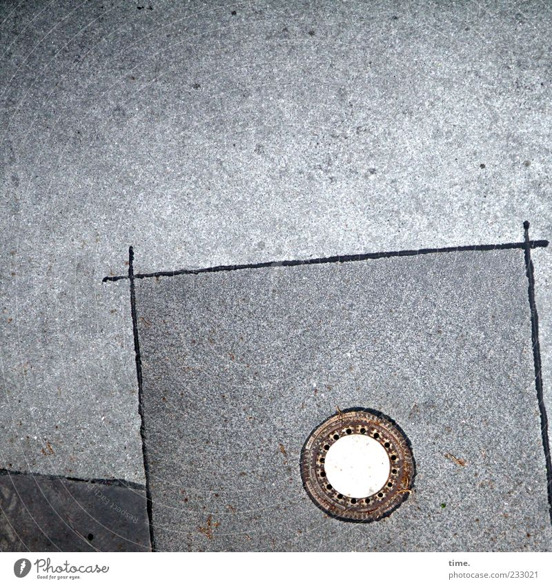 Street Line Places Exceptional Authentic Circle Corner Uniqueness Asphalt Iron Tar Drainage Gully Circular Pattern