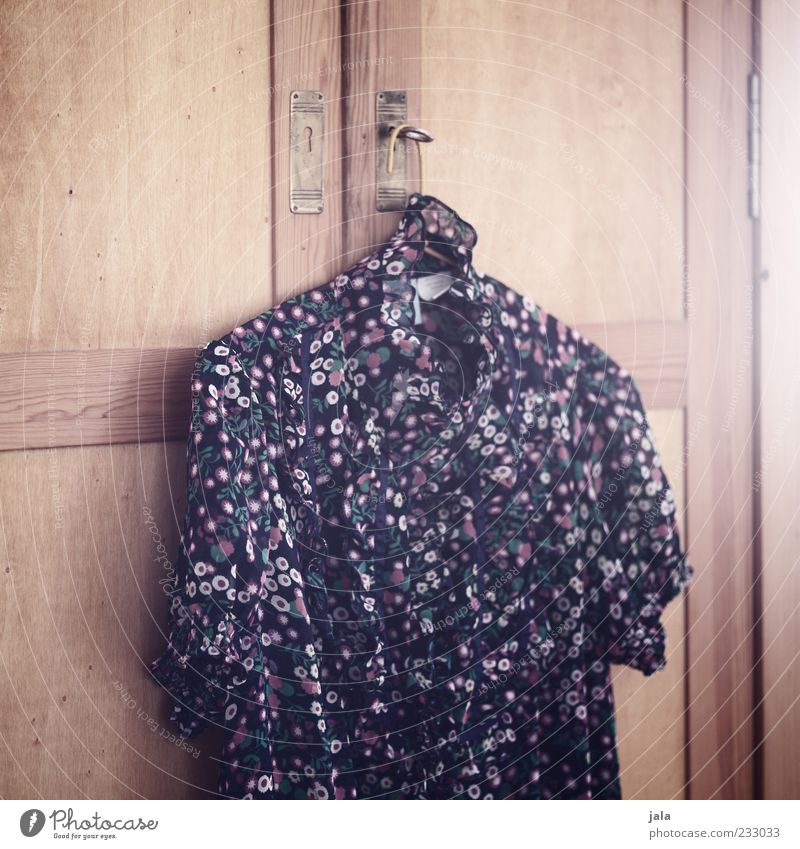 Beautiful Flower Feminine Esthetic Clothing Retro Furniture Hang Cupboard Hanger Blouse Pattern Flowery pattern