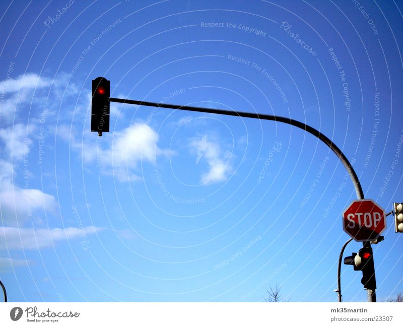 traffic light Traffic light Clouds Transport red phase Signs and labeling Stop sign Mixture