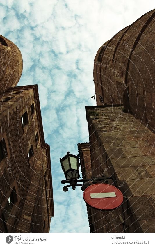 Sky Old Vacation & Travel Above Architecture Building Signage Manmade structures Castle Lantern Barcelona Old town Road sign Fortress Warning sign Road sign
