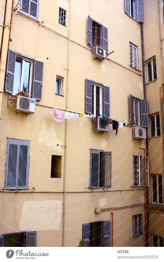 Vacation & Travel House (Residential Structure) Window Wall (building) Architecture Wall (barrier) Building Facade Poverty Tourism Exceptional Italy Laundry
