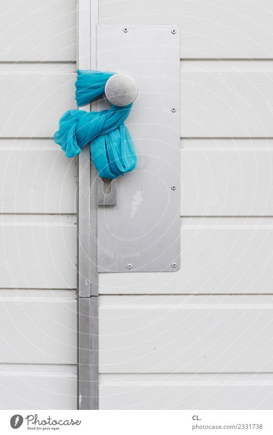 open house House (Residential Structure) Door Entrance Front door Door lock Doorknob Cloth Rag Blue Trust Safety Protection Hospitality Attentive Watchfulness
