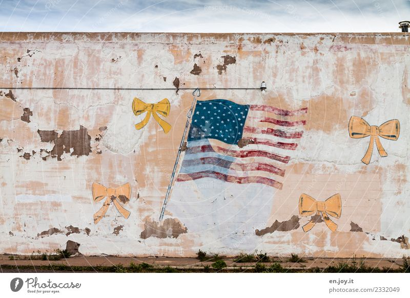 The facade is crumbling Art Work of art Painting and drawing (object) USA Americas North America California Ruin Building Wall (barrier) Wall (building) Facade