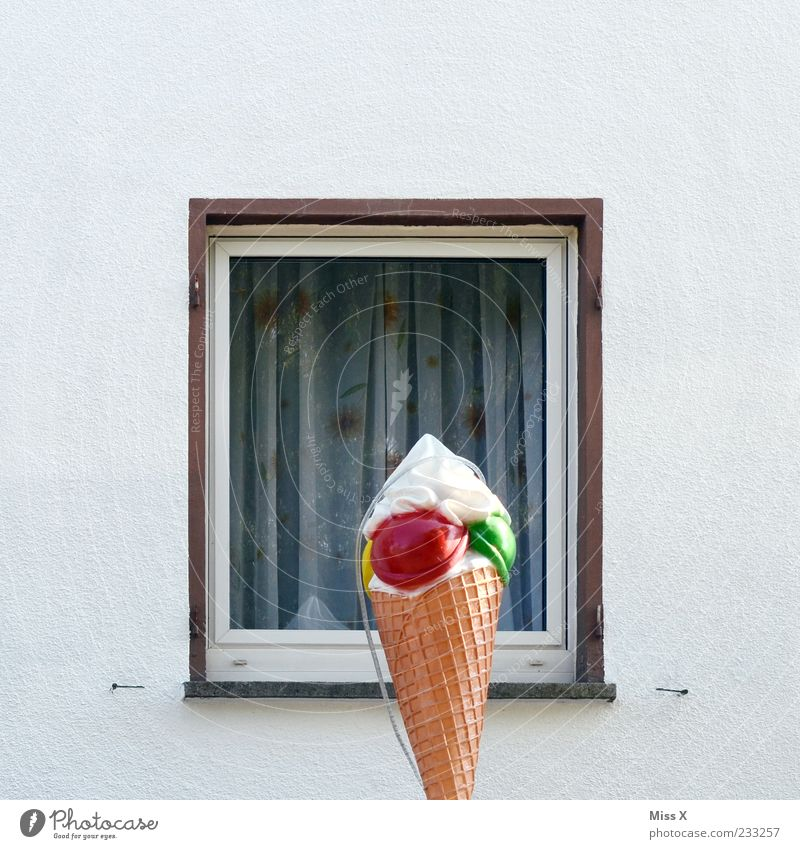 House (Residential Structure) Window Food Facade Ice cream Plastic Advertising Delicious Drape Sculpture Curtain Gigantic Cream Ice-cream cone