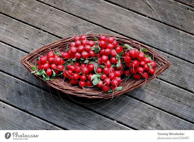radish Food Vegetable Nutrition Organic produce Diet Healthy Natural Radish Organic farming Agriculture Raw vegetables Basket Wood Tangy Spicy Lettuce Fresh