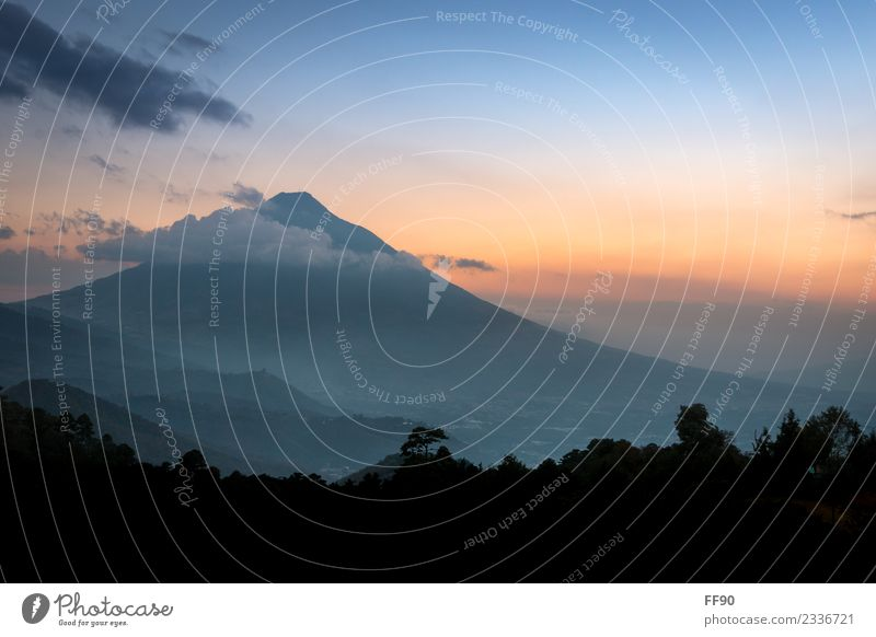 Sunset at the volcano Agua in Guatemala Vacation & Travel Tourism Trip Adventure Far-off places Freedom Sightseeing Expedition Summer Mountain Hiking