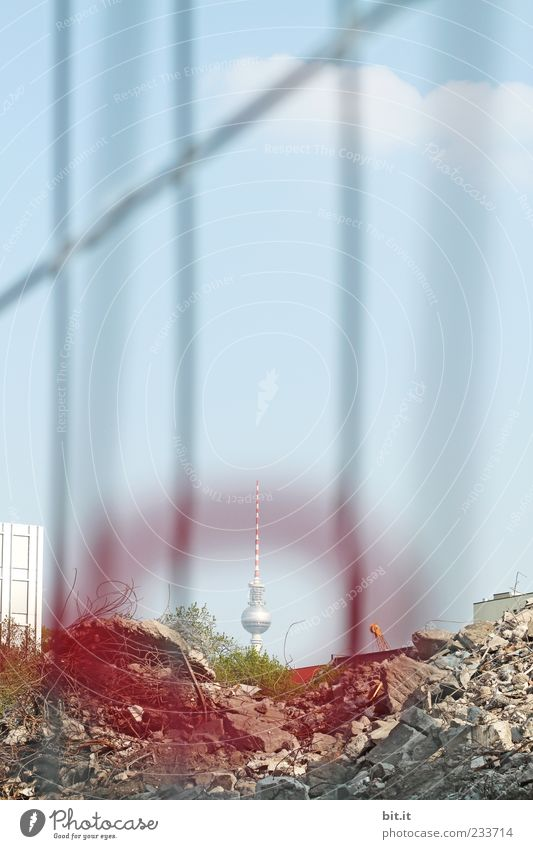googled Capital city Tower Manmade structures Television tower Berlin TV Tower Construction site Downtown Berlin Middle Antenna Tourist Attraction Landmark