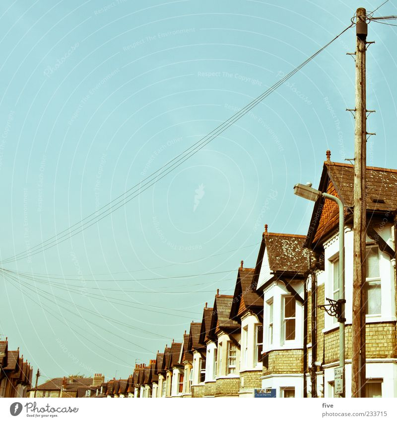 Cowley Rd Far-off places Living or residing Flat (apartment) House (Residential Structure) Sky Cloudless sky Beautiful weather Outskirts Detached house