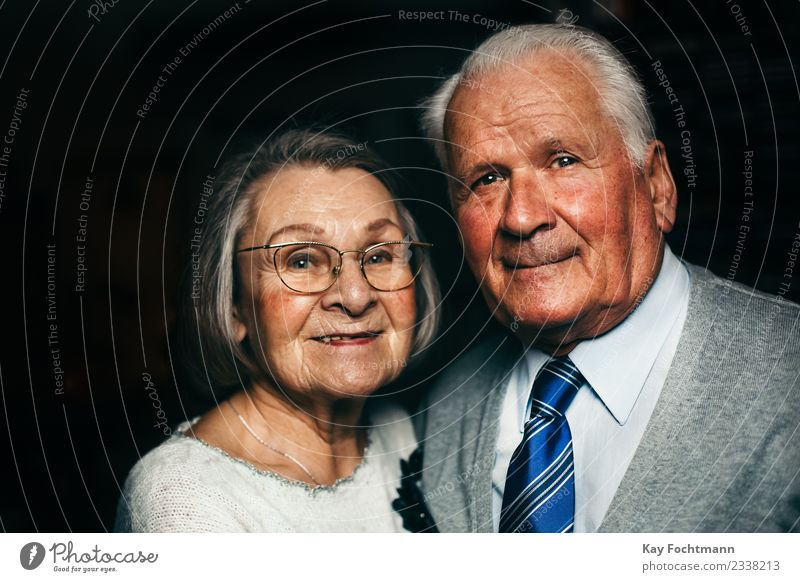 Woman Human being Man Old Lifestyle Healthy Love Senior citizen Emotions Happy Contentment Elegant Growth 60 years and older Smiling Joie de vivre (Vitality)