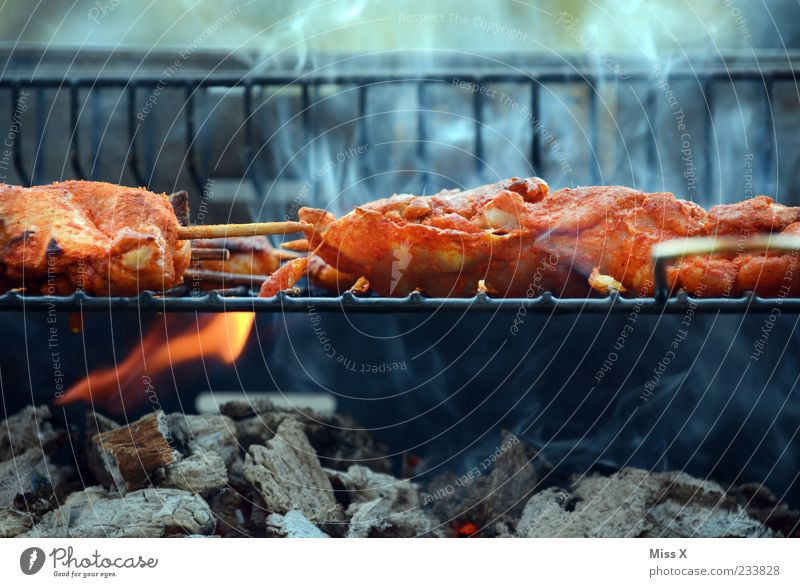 Feasts & Celebrations Nutrition Food Fire Hot Herbs and spices Appetite Smoke Barbecue (event) Delicious Fragrance Dinner Flame Meat Barbecue (apparatus) Embers