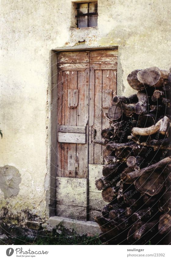 tuscanian_hat Wood House (Residential Structure) Derelict Living or residing Door Detail Idyll