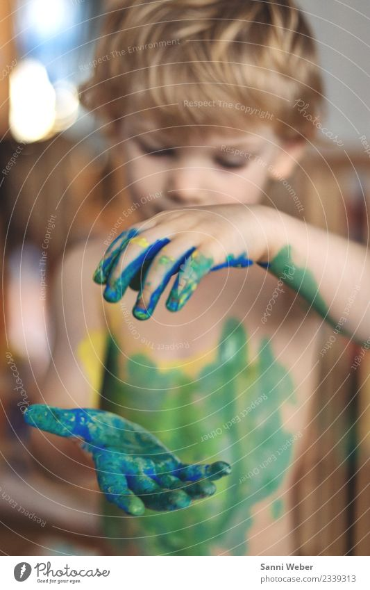 color experience Human being Toddler Body Skin Head Hair and hairstyles Face Arm Hand Fingers 1 1 - 3 years Movement Discover Playing Dance Joy
