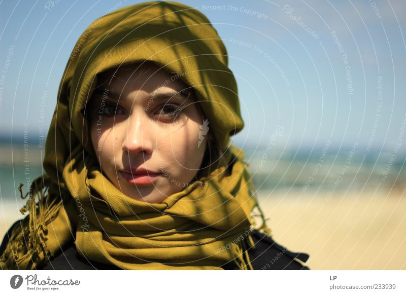 M1 Human being Feminine Young woman Youth (Young adults) Woman Adults Face Headscarf Observe Think Smiling Looking Stand Simple Beautiful Uniqueness Green