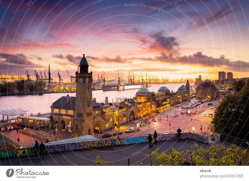 Vacation & Travel Town Germany Hamburg Skyline City Landungsbrücken