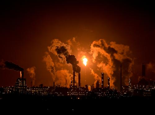 Fire - Flame - Light Economy Industry Company Energy industry Energy crisis Work and employment Brown Cooking oil Oil Petroleum pipeline Oil production