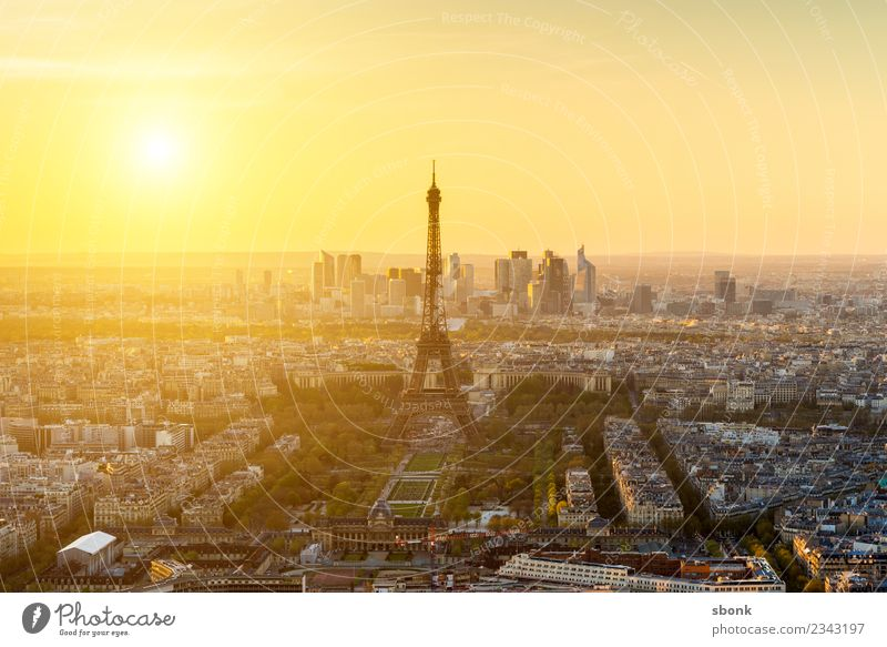 Glowing Paris Town Capital city Skyline Tourist Attraction Landmark Monument Eiffel Tower Vacation & Travel City France French architecture Colour photo