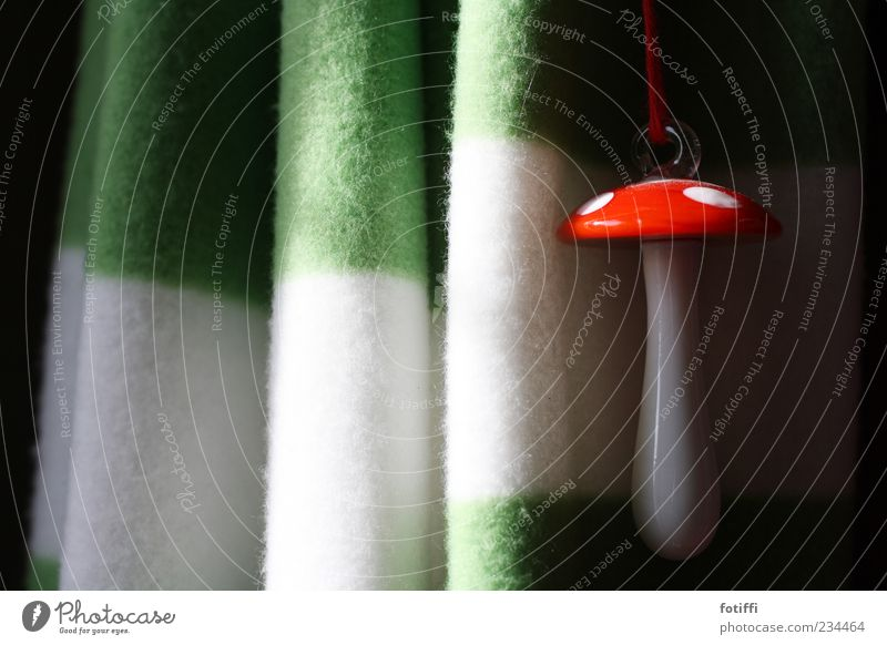 Green Beautiful White Red Loneliness Happy Glittering Contentment Fresh Decoration Glass Happiness Joie de vivre (Vitality) Round String Kitsch