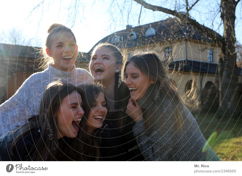 Girls just want to have fun Feminine 5 Human being 13 - 18 years Youth (Young adults) Laughter Authentic Brash Beautiful Natural Joy Happy Happiness Contentment