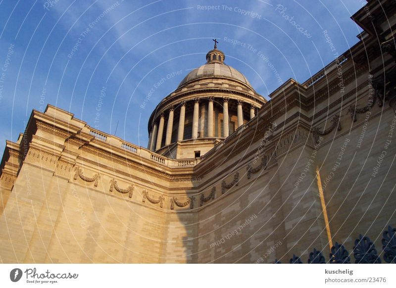 pantheon Paris Sky blue Architecture Worm's-eye view Column Wall (building) Pantheon Majestic Large Domed roof