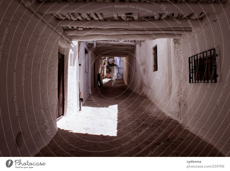 back way Vacation & Travel Tourism Trip Old town House (Residential Structure) Architecture Wall (barrier) Wall (building) Facade Door Loneliness Uniqueness