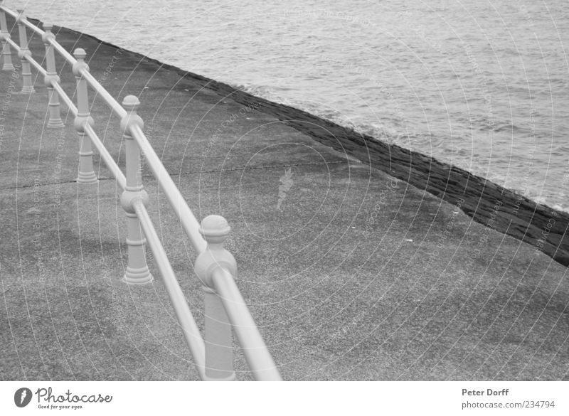 Promenade Railing Water Waves Coast Ocean Auckland New Zealand Port City Deserted Places Cold Original Round Point Gray Black White Calm Arrangement Precision