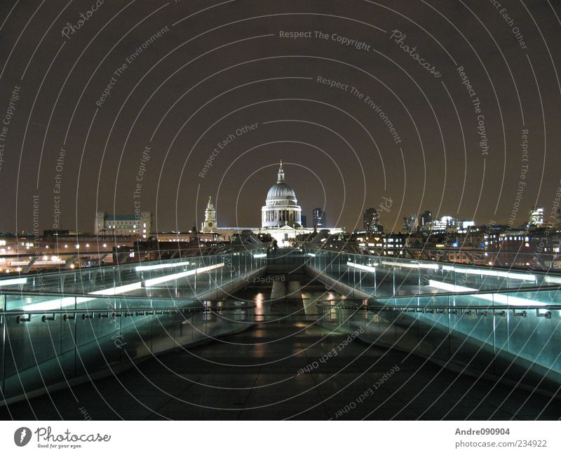 Vacation & Travel Architecture Religion and faith Lighting Church Bridge Europe Skyline Landmark London Downtown Dome Capital city Tourist Attraction England Old town