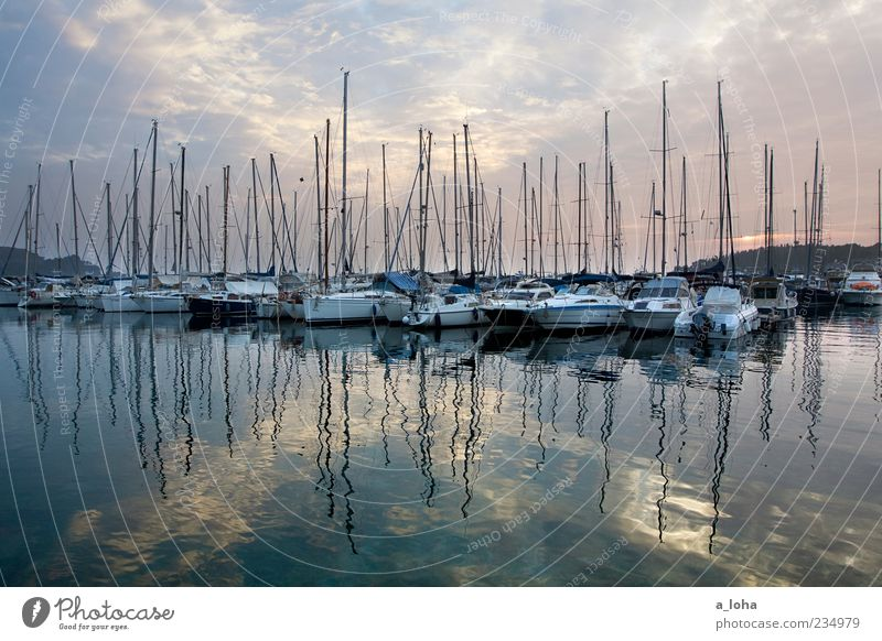Sky Nature Water Ocean Clouds Calm Far-off places Coast Line Watercraft Arrangement Lifestyle Harbour Sailing Mast Surface of water