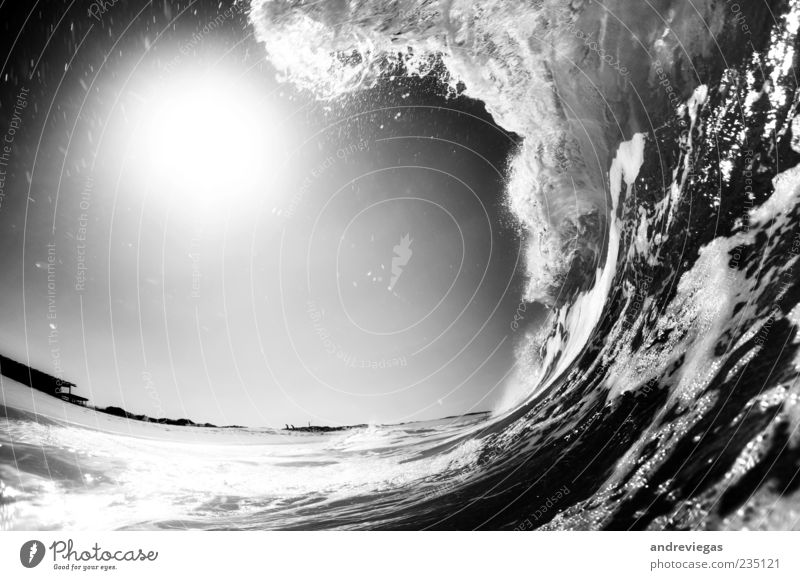 Spin the Black Circle Nature Water Joie de vivre (Vitality) Waves Beach Black & white photo Underwater photo Deserted Copy Space left Day Fisheye