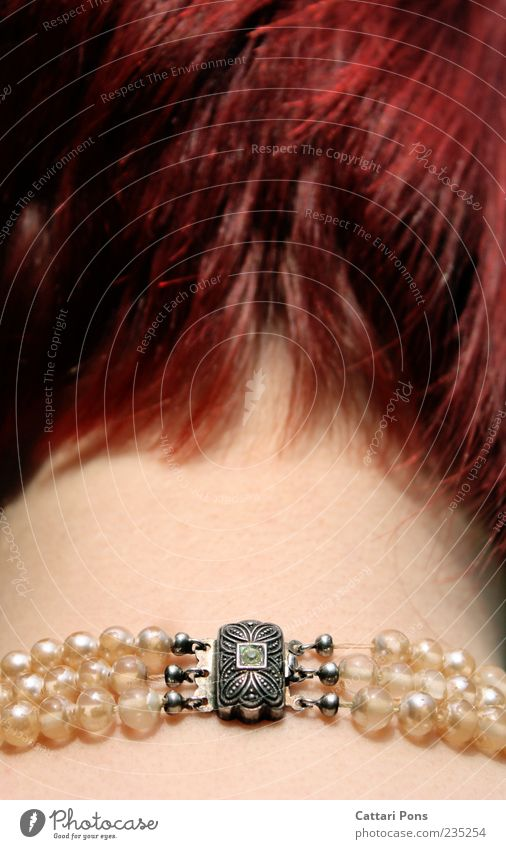 clasp Head Nape Neck 1 Human being Jewellery Necklace Pearl necklace Silver Red-haired Short-haired Hang Carrying Thin 3 Stone Precious stone Green Retentive
