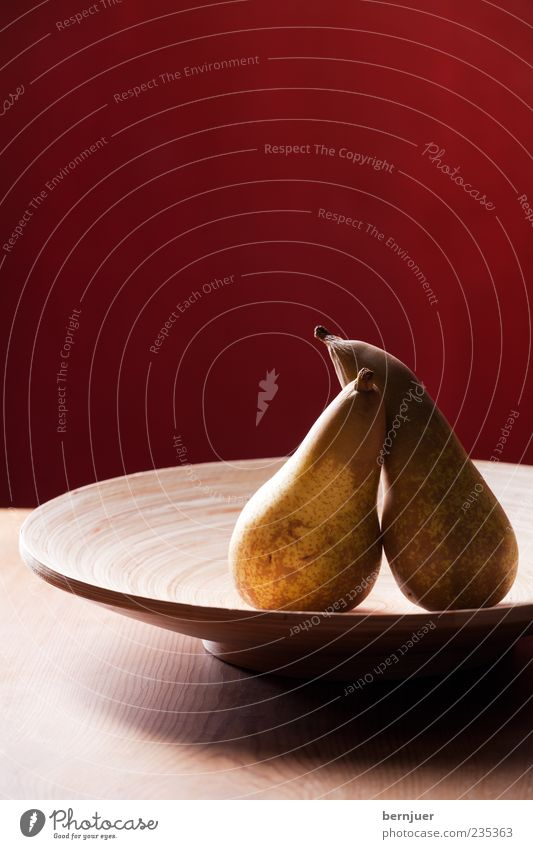 cuddle again Food Fruit Wood Pear Bowl Wooden bowl Table Wooden table Colour photo Studio shot Copy Space top Flash photo Back-light Central perspective Brown