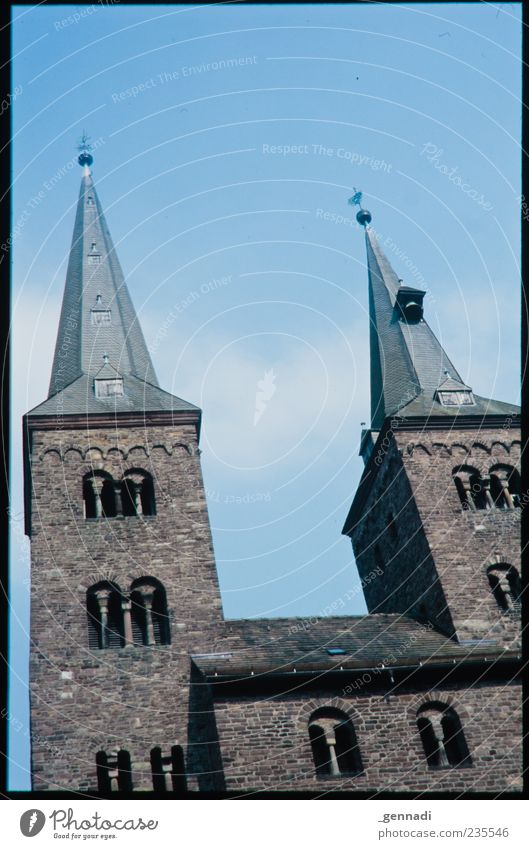 Sky Blue Religion and faith Building Power Church Point Symbols and metaphors Beautiful weather Belief Monument Analog Landmark Holy Frame Tourist Attraction