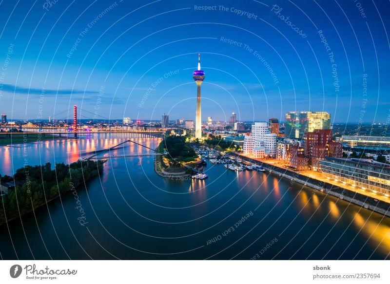 Vacation & Travel Germany Skyline Duesseldorf City