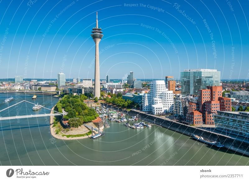 Vacation & Travel Germany Skyline City Duesseldorf