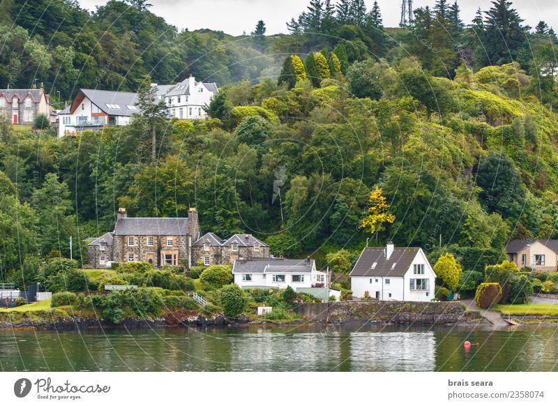 Oban town Lifestyle Vacation & Travel Tourism Beach Ocean House (Residential Structure) Landscape Coast Bay Fishing village Town Skyline Harbour Building
