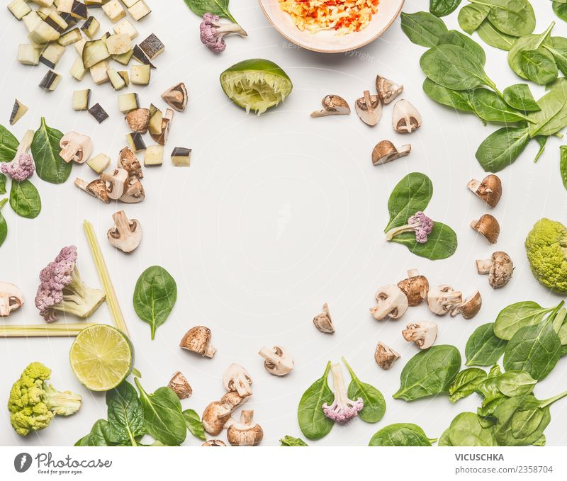 Spinach with mushrooms and ingredients Food Vegetable Lettuce Salad Nutrition Lunch Organic produce Vegetarian diet Diet Style Design Healthy Healthy Eating