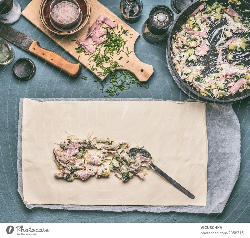 Zucchini Ham Pâté Preparation Food Meat Sausage Vegetable Dough Baked goods Nutrition Crockery Style Design Living or residing Table Kitchen Quiche Cooking Pie
