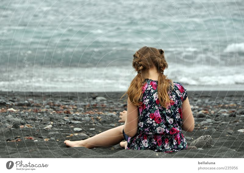 Into the game Human being Feminine Child Girl Infancy Life Hair and hairstyles Back 1 Nature Sand Water Summer Beautiful weather Waves Coast Beach Ocean Sit