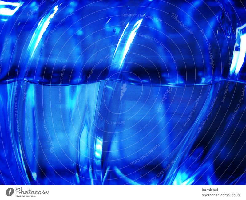 Volvic's Law of Reflection Light Dark Surface Macro (Extreme close-up) Close-up Water reflection Blue Bright Contrast Energy industry Power Dynamics The follows