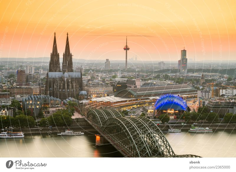 Cologne Skyline Dome Manmade structures Tourist Attraction Landmark Vacation & Travel Germany City cityscape Rhine Evening Twilight