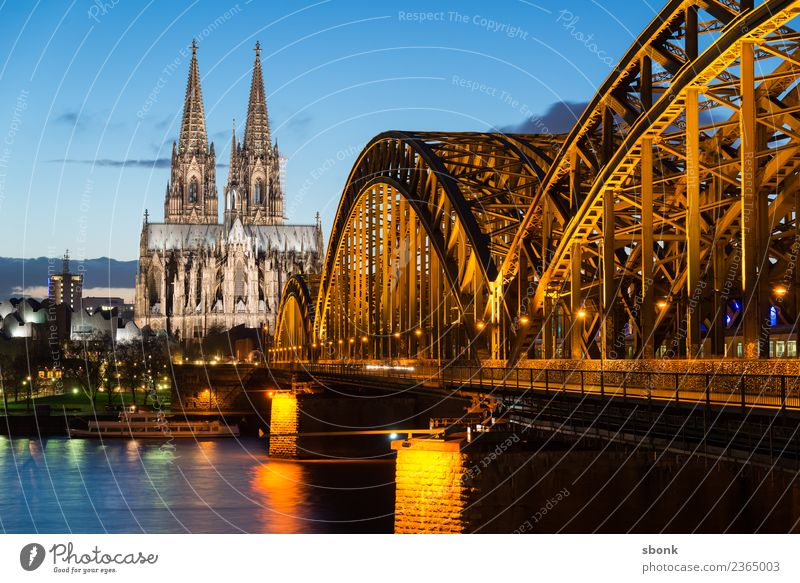 Hohenzollern Bridge Cologne Skyline Dome Manmade structures Building Architecture Tourist Attraction Landmark Monument Vacation & Travel Religion and faith