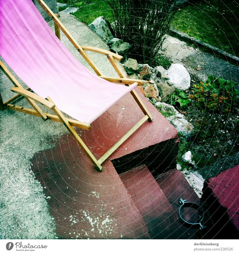 deckchair Relaxation Summer Garden Deckchair Green Pink Stairs Wood Bushes Comfy chair Colour photo Multicoloured Exterior shot Day Deserted Yellowed 1