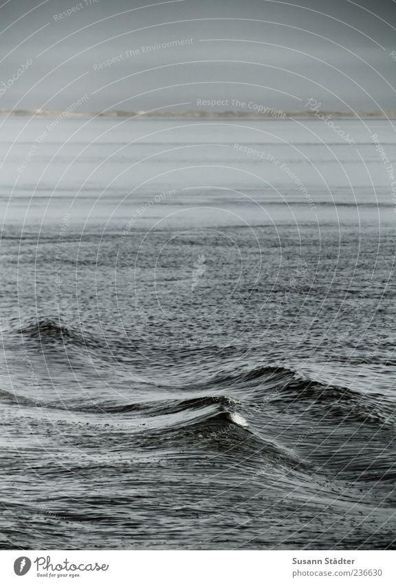 Ocean Dark Waves Surface of water Water