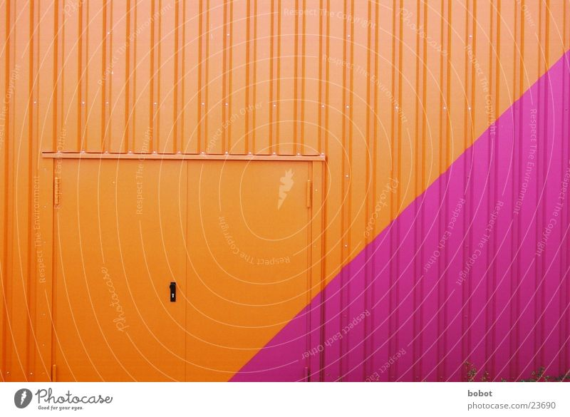 Colours the world doesn't need Violet Purple Multicoloured Corrugated sheet iron Doorknob Architecture Orange Gate Industrial Photography Warehouse Castle