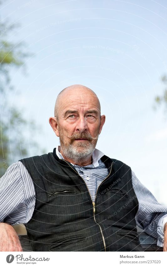 senior Human being Masculine Man Adults Senior citizen 1 60 years and older Looking Sit Old Generation Facial hair Vest Black Sky Colour photo Exterior shot