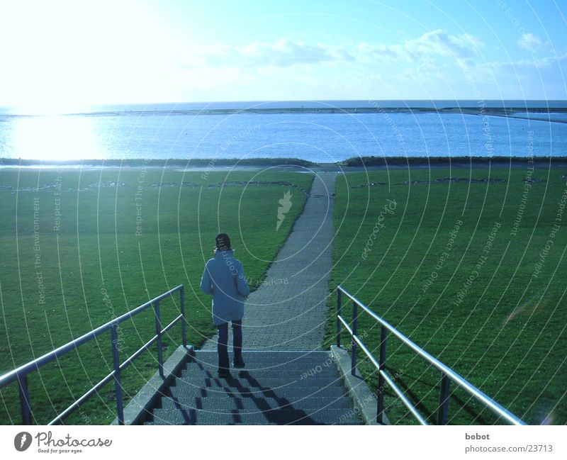 Woman Water Sky Ocean Blue Far-off places Cold Meadow Lanes & trails Lake Going Stairs Clarity Handrail Dike