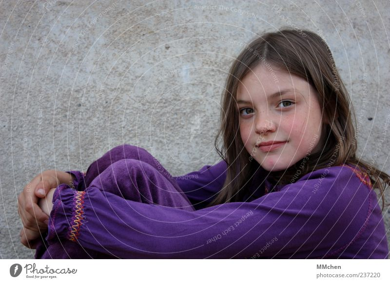 Life is colourful Human being Child Girl Infancy 1 8 - 13 years Brunette Long-haired Part Smiling Looking Sit Friendliness Happy Gray Violet Contentment